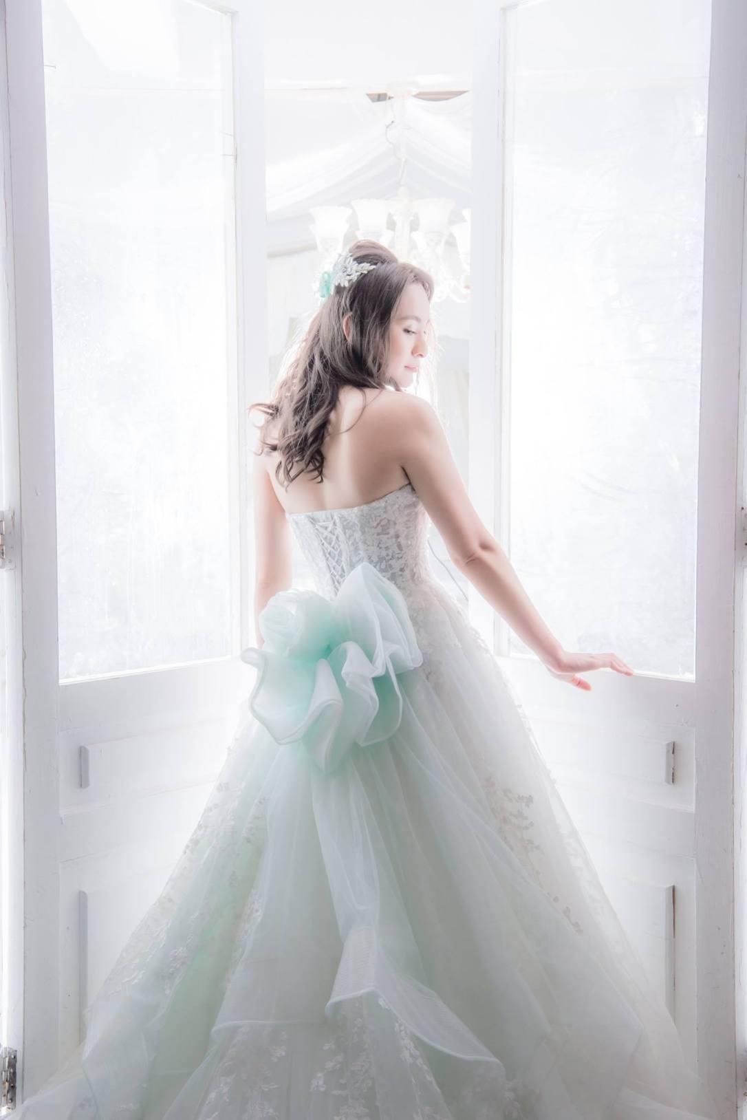 1+1 愛的故事館 手工婚紗